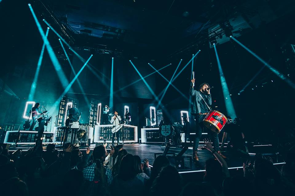 Celebrate Christmas with Life 88.5 and for KING & COUNTRY …